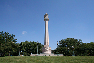 Illinois Centennial Memorial Column in Logan Square